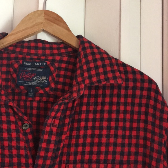 Old Navy Other - Men's red & black plaid flannel sz L EUC
